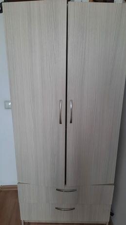 Продам шкаф в хорошем состоянии недорого