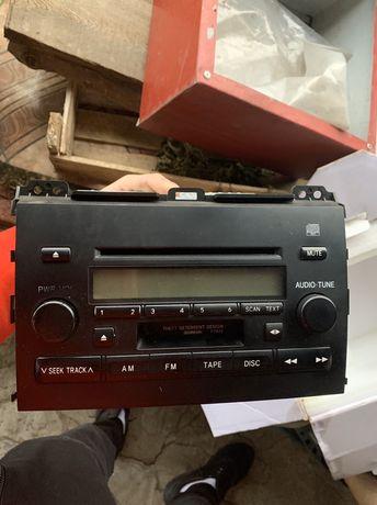 Продам Штатный Магнитофон на Toyota Land Cruiser Prado 120
