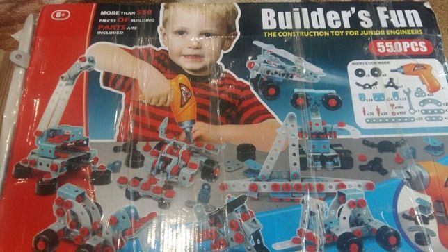 Продам детский конструктор