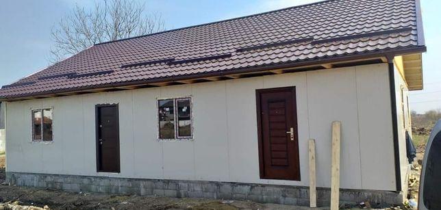 Case modulare pe fundație
