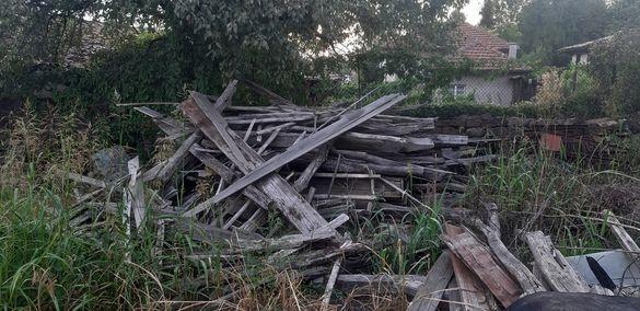 Стари греди от покрив