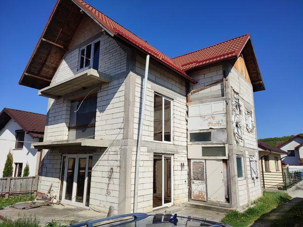 Vând casă Braileni-Bascov, semi-finisata, 150 mp utili