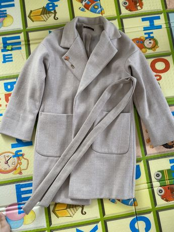 Пальто 4500  размер 44-46