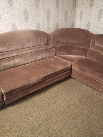 Продам диван б/у за 5000 тенге либо отдам за просто так