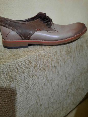 Pantofi bărbați Pielan Shoes, în stare foarte bună
