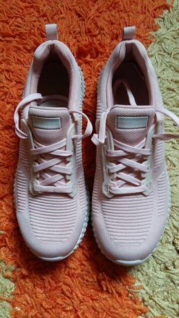 Skechers Knit Memory Foam