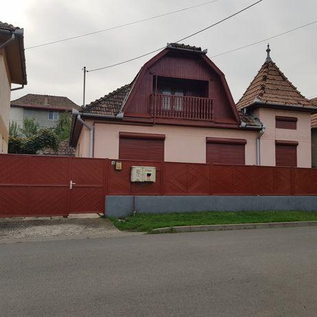 Vând casă in T-veni