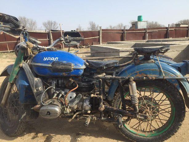 Урал мотоцикл сатылады жагдайы жаксы