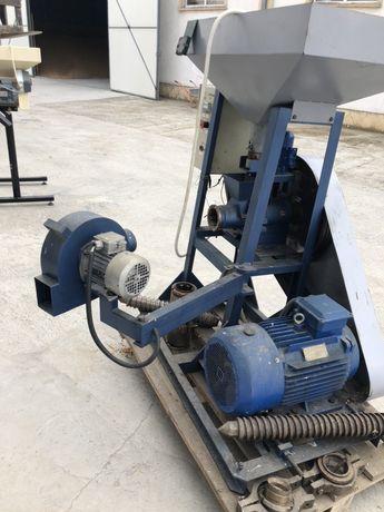 EXTRUDER 200 kg / h