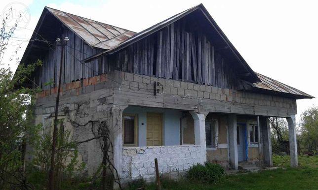Vand casa intr-o zona Pitorească :PERSOANA FIZICA