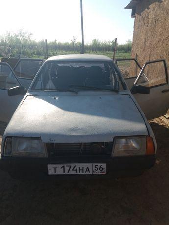 Автомобиль 21099