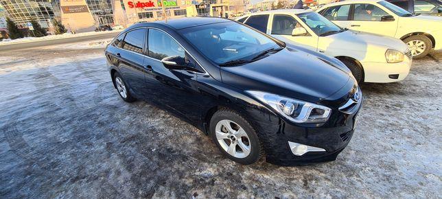 Hyundai i40 продам