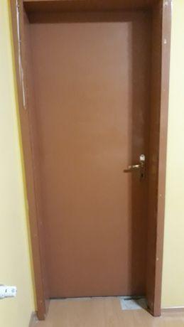 Врата 191/71 см. с брава