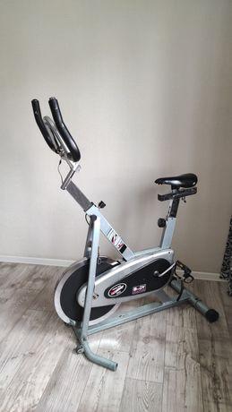Тренажер велосипед