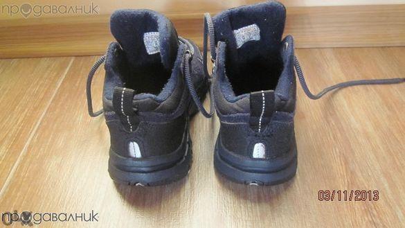 Продавам детски обувки тип боти Reebok номер 27 - 35.00 лв.