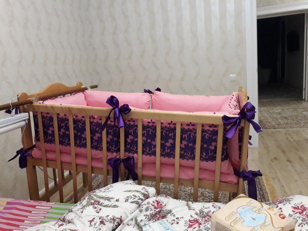 Продам детскии кровать.