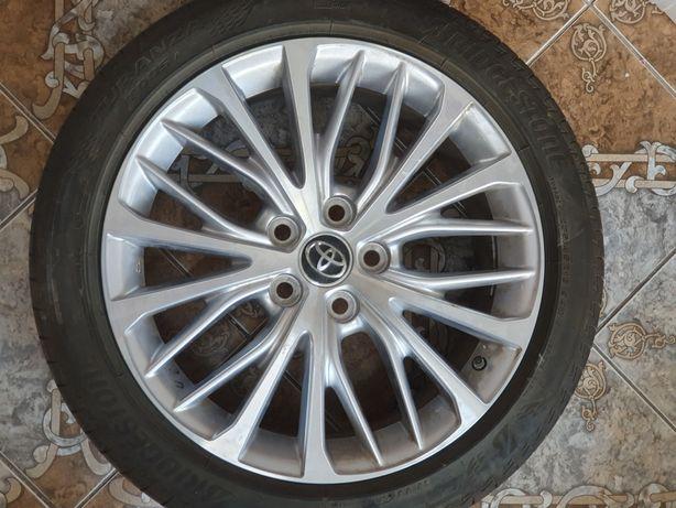 Шины 235/45R18 Bridgestone
