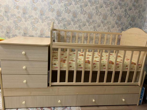 Новая детская кроватка трансформер с матрасом