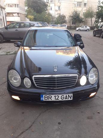 Mercedes e class w211