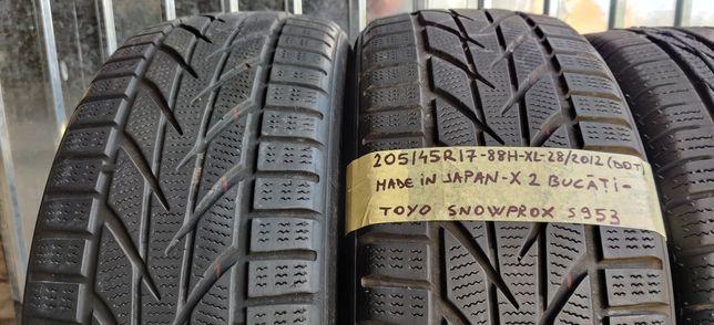 205/45 R17 - 2 anvelope Toyo M+S - iarna