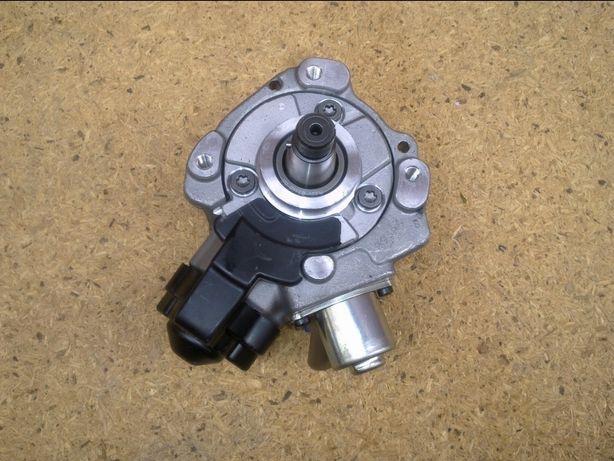 Vand pompa înaltă presiune injectie noua pt Audi VW Skoda 04B130755F