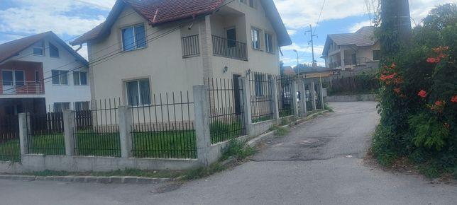 Casa la cheie P+E, în Rm.Vl, zona Ostroveni- Str.Ion Creanga