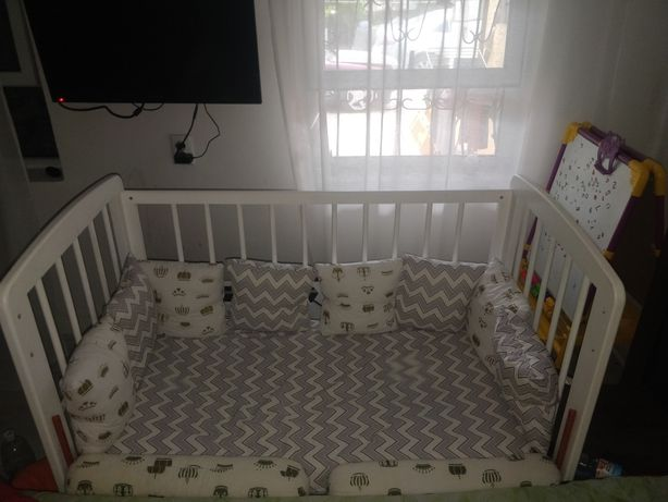 Продам детскую кровать, манеж