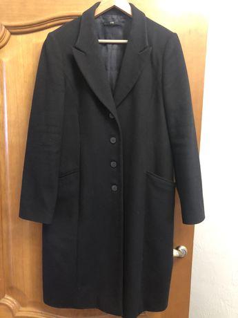 Пальто женское Hugo Boss
