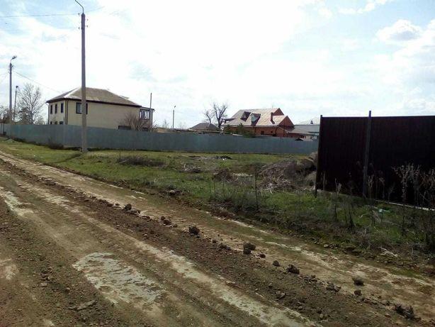 Продается земельный участок в с.Садовое 12.5 соток