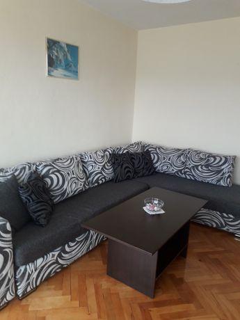Продавам апартамент в с.Давидково Смолянско обзавезен 64кв.+ 12кв изба