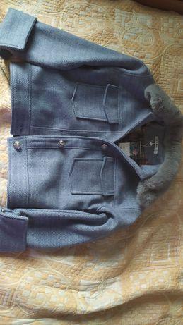 Короткое пальто, голубого цвета. Новое, размер 46, М.
