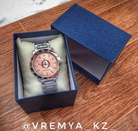 Женские наручние часы 1+1