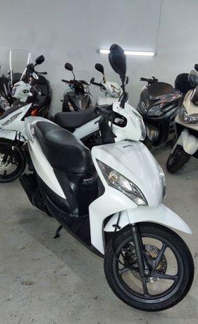 Продам скутер Honda Dio 125 кубов