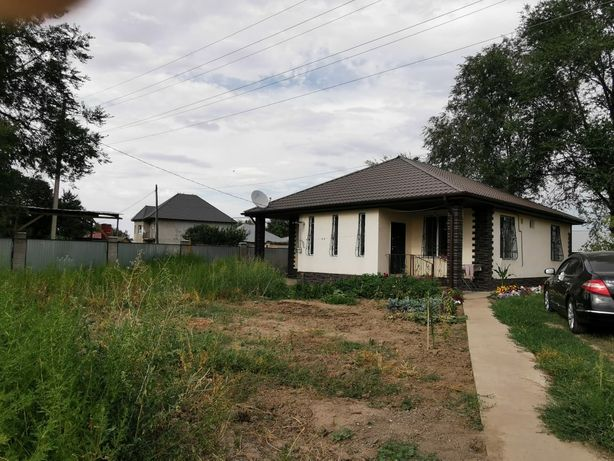 Продам загородный дом или обмен на недвижимость в Алматы