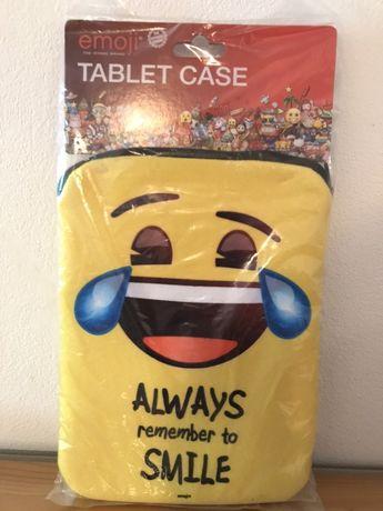 Кейс за таблет Emoji. Ново.