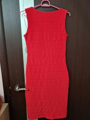 Платье женское 42