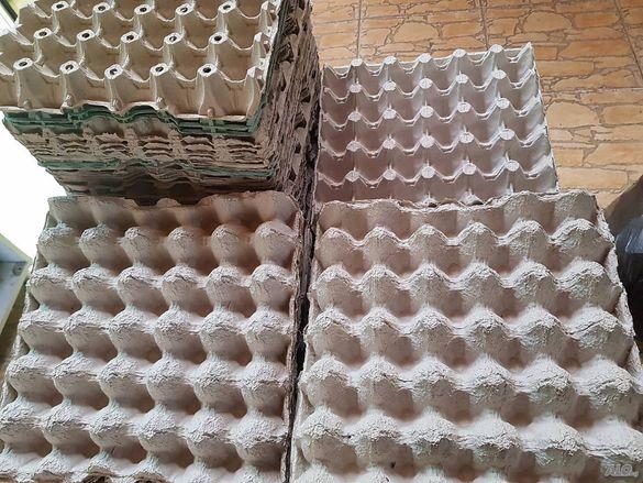 Кори и кутии от яйца