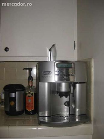 Automat cafea DeLonghi ESAM 3500 profesional