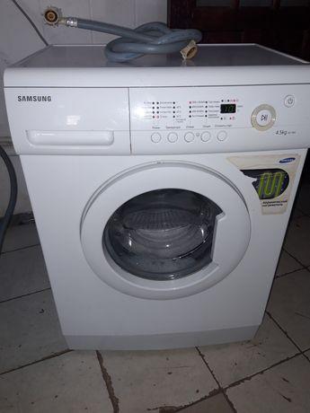 Продам стиральную машину 35 000тг.