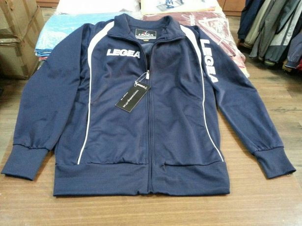 Продам оптом спортивный костюм Legеa