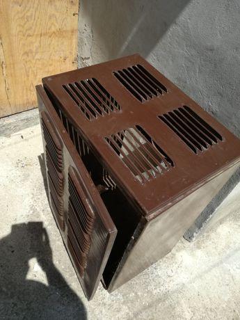 Печка на твърдо гориво със сменяемо казанче и