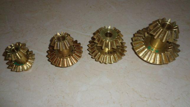 Pinioane (roti dintate) pentru cazan palinca