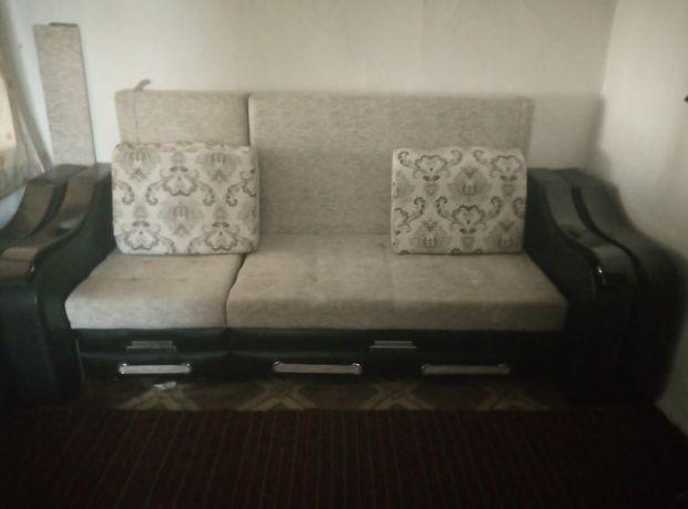 Продам диван мини с креслом.