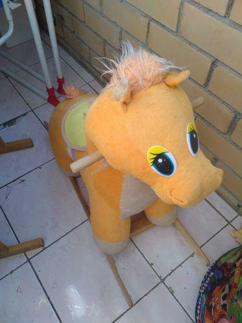 Качелья лошадка б/у