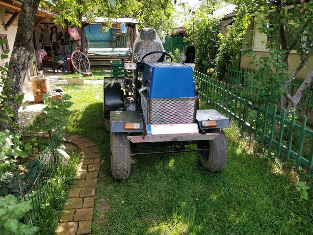 Mini tractor tractoras de vanzare facut in curte