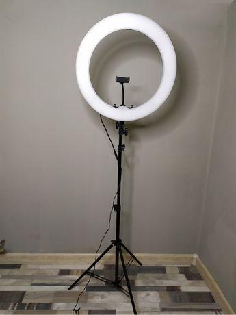Кольцевая Лампа .