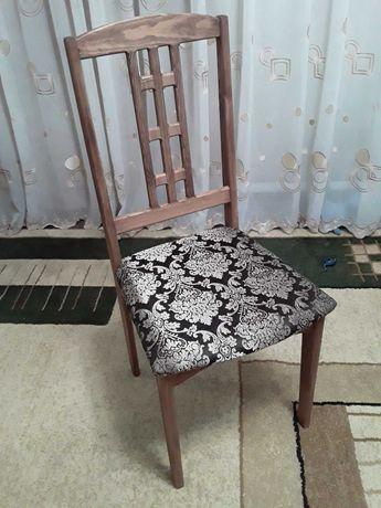 Деревянные стулья и табуреты на заказ