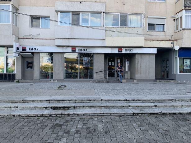 Spatiu comercial zona Petrom