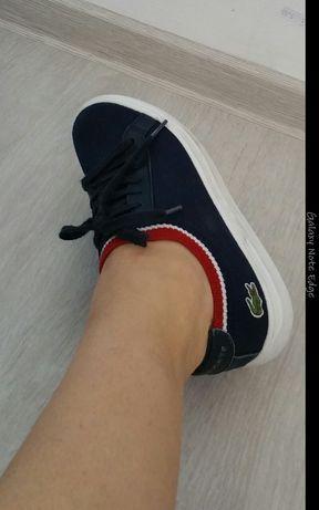 Pantofi sport (tenesi)LACOSTE 90 lei   neg(nu musette,aldo,converse)