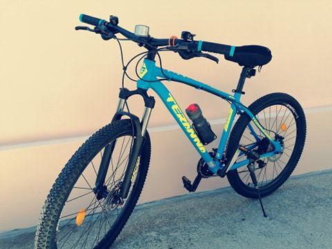 Vand bicicleta / Culoare deosebita